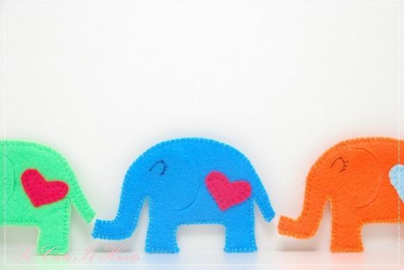 Blue LOVE cozy elephant coaster